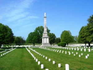 Mound-City-National-Cemetery