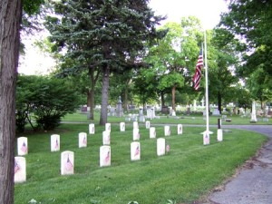 forest-home-cemetery-soldiers-lot